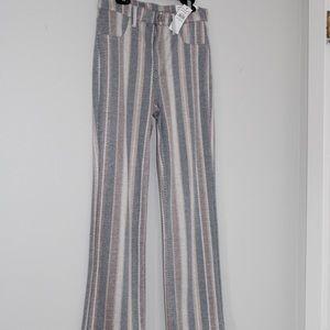 Skinny kick crop striped super stretch pants